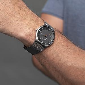Bering Herren-uhr Armband-uhr Saphirglas Watch Slim Behring Skagen Solar Design Quartz Materialstärk