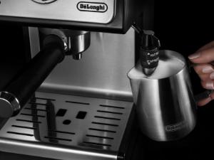 Delonghi ECP35.31 - Cafetera espresso, 1100w, capacidad 1,1l, café molido y monodosis para 2 tazas, negro y plata