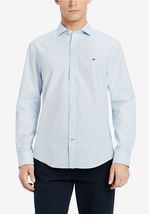 Tommy Hilfiger Long Sleeve Button down in a Classic fit