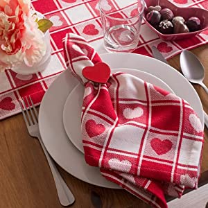 heart table cloth,valentine tablecloth,hearts kitchen,little valentines day gifts,heart napkins