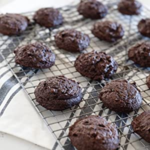 Flourless Chocolate Cookies - Clean Treats For Everyone: Healthy Desserts And Snacks Made With Simple, Real Food Ingredients
