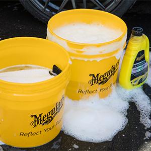 Meguiar's,detailing,wash,clean,carwash,car washing,sudsing,wash mitt,reusable mitt