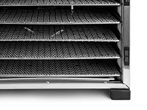 The 6 stainless steel large capacity trays can be removed individually for easy handling