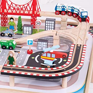 Amazon.com: Bigjigs Rail Wooden City Train Set and Table - 59 Play ...