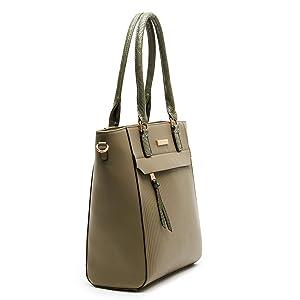 Giordano Handbags for gifting