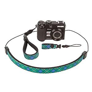 The mini QD connector allows photographers to switch between other OP/TECH USA straps with mini QD