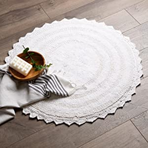 half moon bath rug, small circle bath rug, white circular bath rug, round bathroom contour rugs