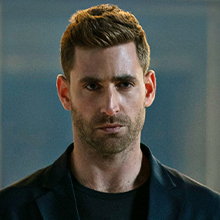 adrian griffin, Oliver Jackson-Cohen, invisible man, sci fi, horror, blumhouse, dark, monster, scary