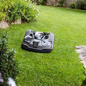 Amazon Com Husqvarna 967623405 Automower 315 Robotic