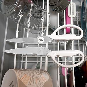 安全に分解もできるので洗いやすく、食洗機もOK