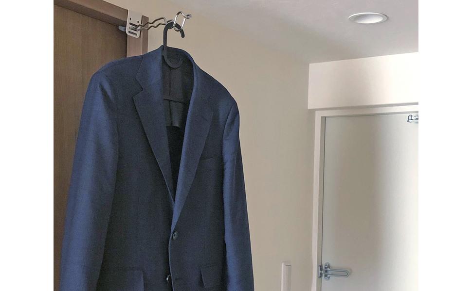 部屋干し 室内干し 鴨居 窓枠 簡単 工具不要 扉 コート掛け 部屋干しスタンド 穴あけ不要 洗濯物 折りたたみ フック 突っ張り棒 玄関の一時掛け 来客 コート 上着