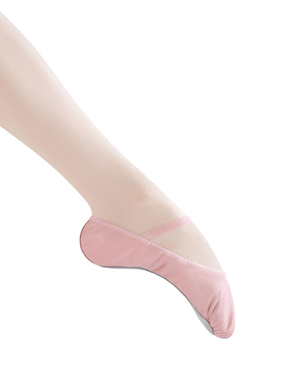 8fab49d9324d Elastic attached over the instep