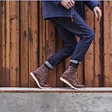 Timberland Men's Bradstreet Leather Chukka Boot