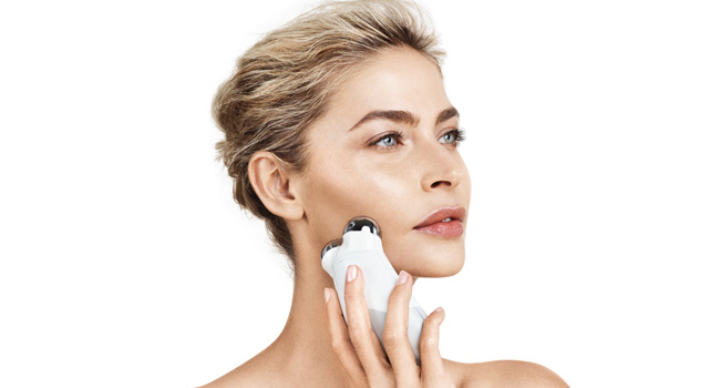 nuface trinity microcurrent facial toning device