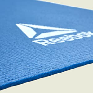 Amazon Com Reebok Yoga Mat Blue 4mm Sports Outdoors