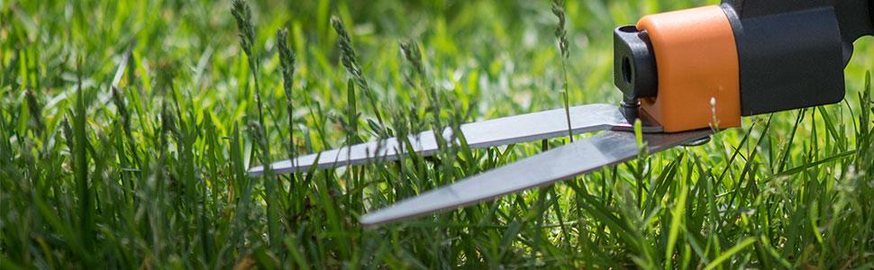 Fiskars 36 inch long handle swivel grass shears 92107935j for Lightweight long handled garden shears