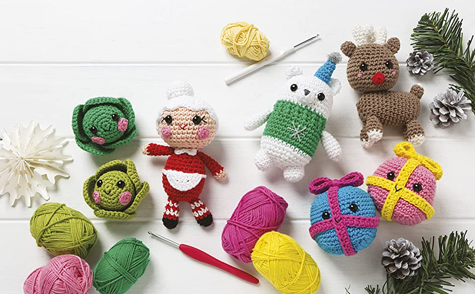 Christmas Amigurumi: Crochet Patterns (Sayjai's Amigurumi Crochet ... | 600x970