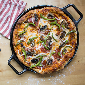 Lodge Cast Iron Pizza Baking Pan