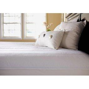 Superb Sunbeam Quilted Polyester Heated Mattress Pad.