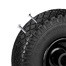 Massieve rubberen wielen.