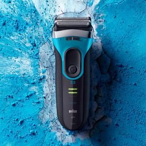 Braun Series 3 ProSkin 3080s Wet&Dry Rasoio Elettrico Ricaricabile con Base di Ricarica, Rasoio da