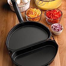 Omelet pan; folding Omelet pan; non-stick Omelet pan; double sided omelet pan