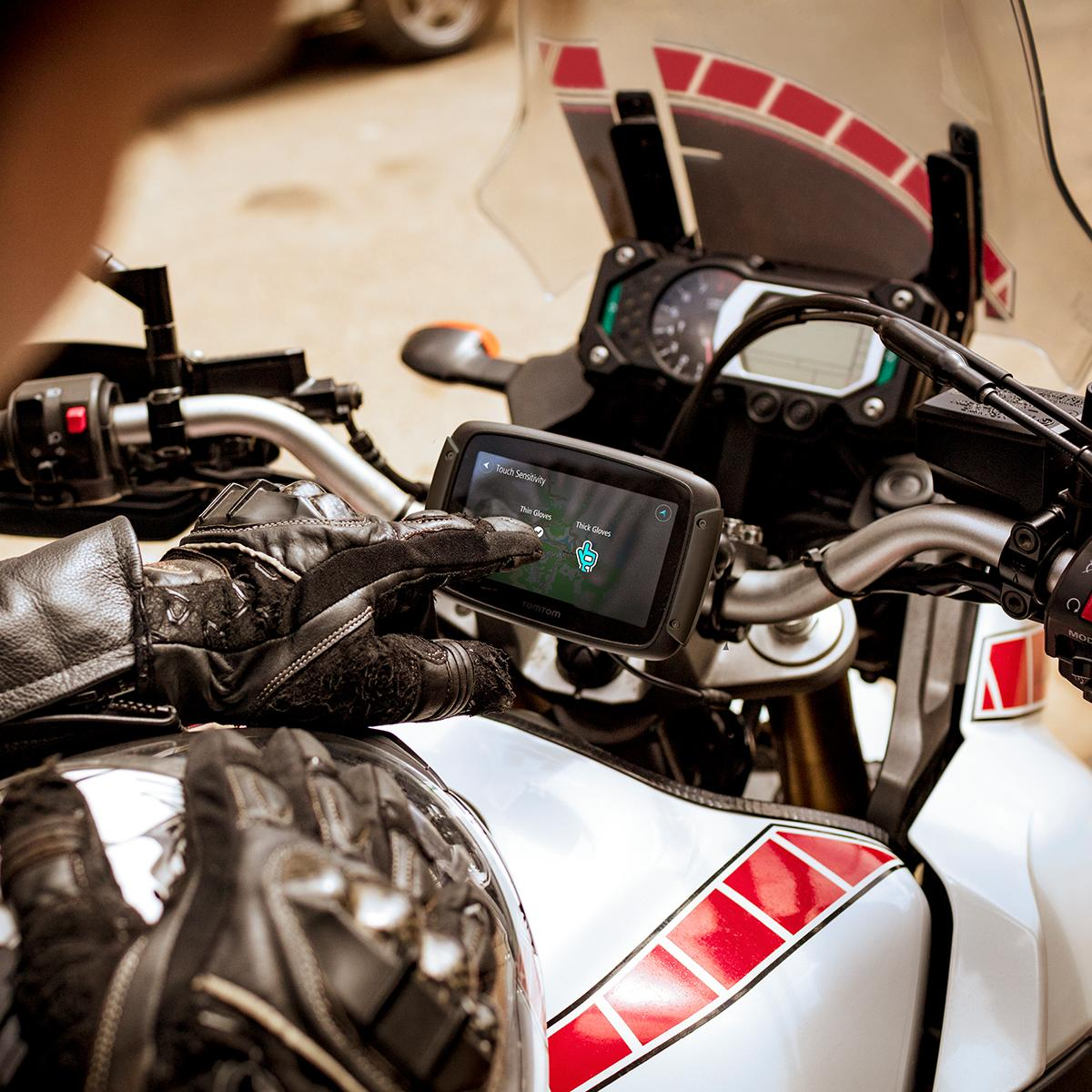 tomtom rider 500 motorrad navi 4 3 zoll mit kurvigen und. Black Bedroom Furniture Sets. Home Design Ideas