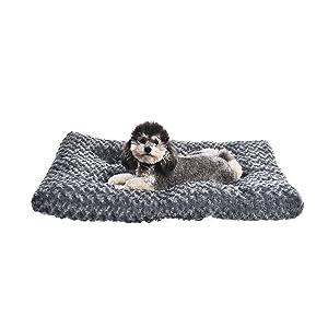 grey swirl pet bed