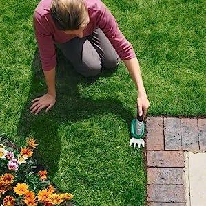 Bosch Home and Garden 0600833105 Bosch Tijera Jardín ISIO cortacésped + bastón, 3.6 W, 3.6 V, Negro, Verde, Metálico