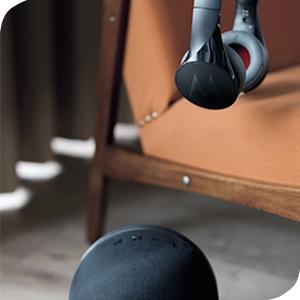 Noir Oreillette et kit mains libres Alexa Motorola Sphere+ Set 2-en-1 haut-parleurs et casque st/ér/éo avec Bluetooth Siri et Google Now
