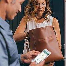 smartphone app, item tracker, Bluetooth, purse