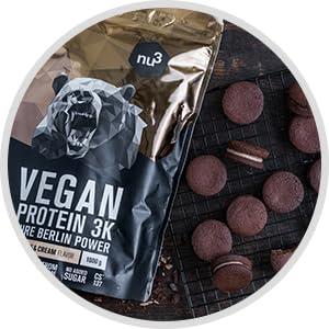 repas vegan sain et sportif prise de masse glucides et sucres lents fruits shake chocolat shaker