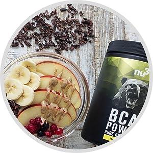 bcaa repas sain et sportif prise de masse glucides et sucres lents fruits shake chocolat shaker