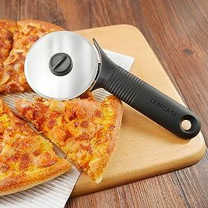 Modèle de la moto Pâtisserie Pizza crêpe Roue cutter lame alimentaire Cutter Gadget outil