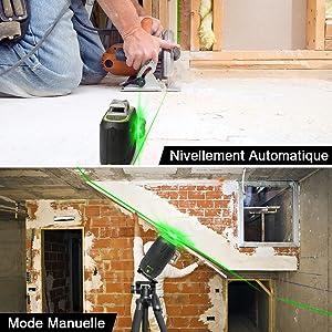 Mode de Nivellement Automatique & Mode Manuelle/ D'inclinaison: 1.Mode de Nivellement Automatique: ¡ñLa mise à niveau automatique garantit des lignes parfaitement droites et compense automatiquement les écarts de niveau jusqu'à ±3.5°. ¡ñTournez le pendule en position déverrouillée pour activer le mode de mise à niveau automatique. 2.Mode Manuelle/ D'inclinaison: ¡ñLe laser lignes ne permet pas seulement d'effectuer des mises à niveau précises, il dispose aussi d'une fonction d'inclinaison très pratique et très utile, par exemple pour la pose de rampes d'escalier. ¡ñLa ligne laser projetée en mode manuel ne peut pas être utilisée comme référence horizontale ou verticale.