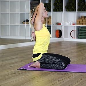 Amazon.com: Yoga para los corredores [] oficial con Lucas ...