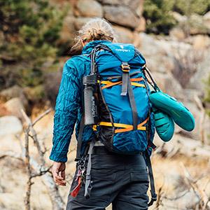 Brotree Mosquetón 1200 kg con Anillo en D Mosquetón de Bloqueo para Hamaca, Camping, Senderismo y Pesca en Paquetes de 2 o 4