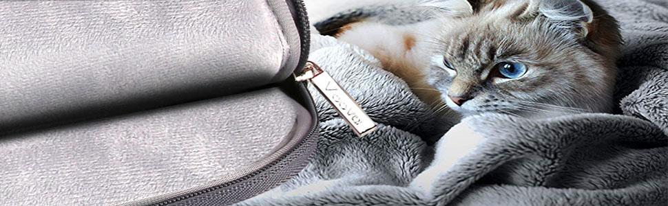 laptop bag with soft velvet lining