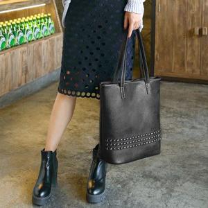 black handbag for women