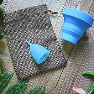 SPEQUIX Juego de 2 vasos menstruales (tamaño grande y pequeño), 1 taza esterilizadora y 3 protectores desechables de látex para dedos (azul)