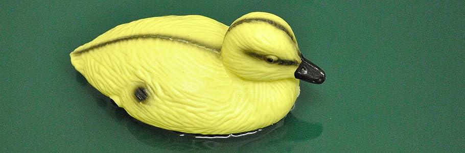 DECOY BABY DUCKLINGS 3 FLOATING DUCKS MALLARD PLASTIC ORNAMENTAL KOI FISH POND