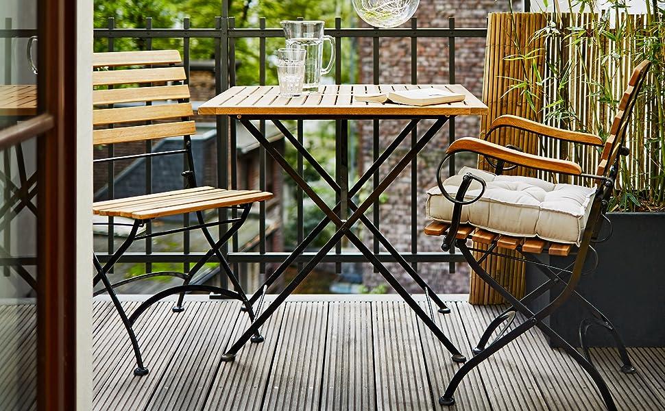 Butlers Parklife Gartentisch Aus Holz 80x80x75 Cm Balkon Tisch Aus Fsc Akazienholz Und Metall Schwarz Verzinkt Holztisch Fur Balkon Oder Terrasse