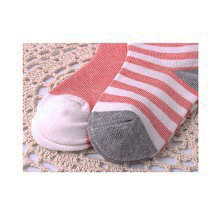 1x Nette neugeborene Baby-Baumwollsocken Baby Anti-Rutsch-Socken passen 0-12M DE