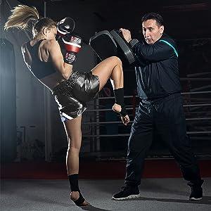 Schienbein-Schutz mit geringer Schwei/ßentwicklung Kickboxen Beinsch/ützer f/ür Kampfsport Martial Schienbeinschoner mit perfektem Sitz und idealer Polsterung MMA Beutel