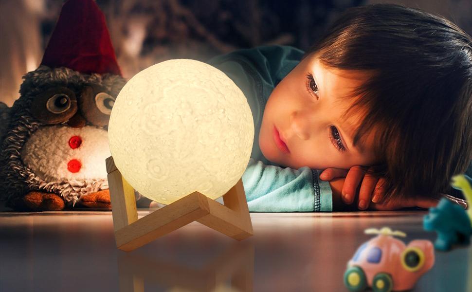 Mond Lampe,ZOTO 3D Mond Nachtlicht,Wei/ß//Warm Dimmable Touch Control Moonlamp Licht Helligkeit,USB Aufladbar Led Nachtlicht Nachttischlampe Stimmungslicht,H/ölzerner Einfassung Tisch Schreibtisch Lampe