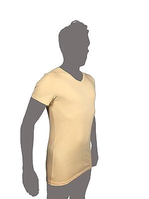 Durch den V-Ausschnitts ist dafür gesorgt, dass das Unterhemd auch bei  geöffnetem Knopf weiterhin verborgen bleibt und ein tadeloses Auftreten  somit