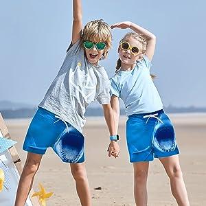 YUEKUN Kinder Strand Shorts Jungen Strandkleidung verstellbare Taille Badehose schnelltrocknend atmungsaktiv Sports Running Baden Board Kurze Hosen