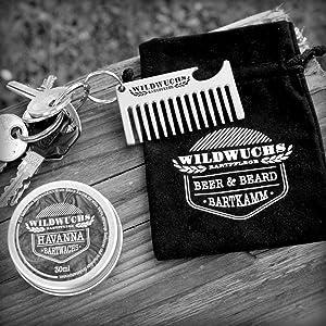Der robuste und kleine Bartkamm ist perfekt geeignet für die mobile Bartpflege und als Geschenk