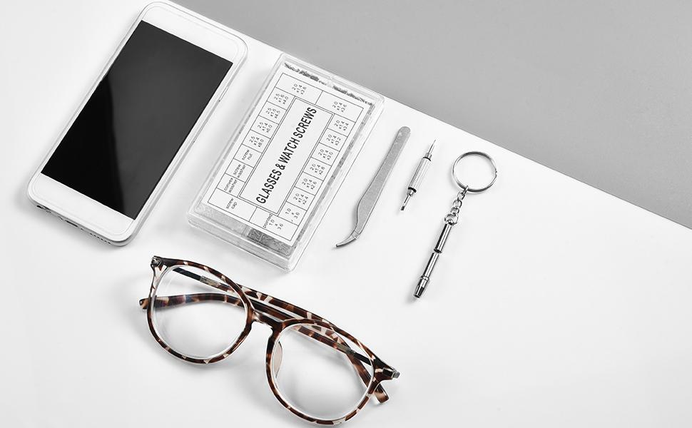 Kit di riparazione per occhiali.
