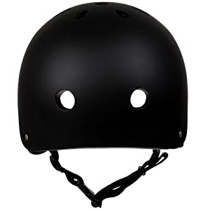 Dank der Belüftungslöcher hat der Helm eine gute Ventilation.